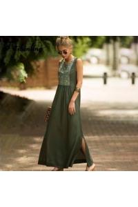 хлопковое платье с машинной вышивкой