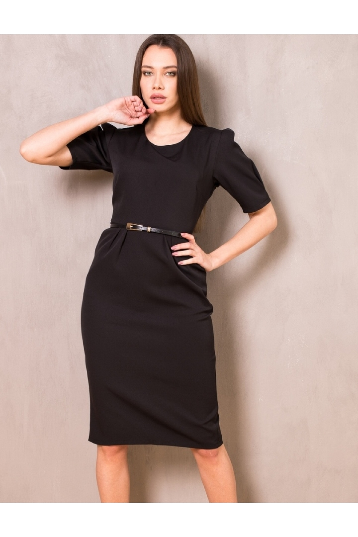 Платье футляр с карманами и ремешком