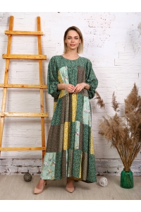 Платье из лоскутов яркое лето с мелким зеленым цветком