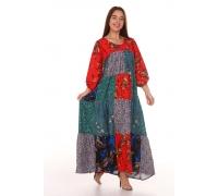Платье из лоскутов с красным верхом