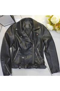 Куртка косуха стильная под рептилию