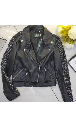 Куртка косуха стильная